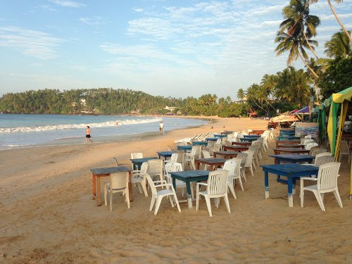 In Sri Lanka Mirissa Beach And Its Breathtaking Sandy Pretty Much Transforms Your Dreams Visions Of A Tropical Paradise Into An Everyday